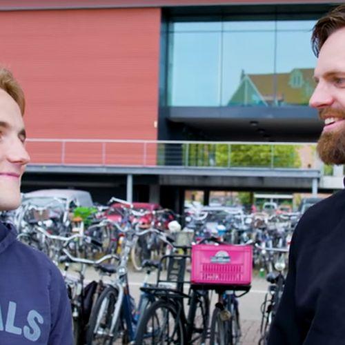 Afbeelding van Albert Heijn naait personeel dood en #BOOS voert nog steeds supermarktoorlog.
