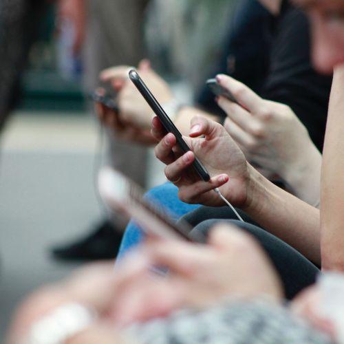 Afbeelding van Hoe moeten we elkaar aanspreken op online pestgedrag?