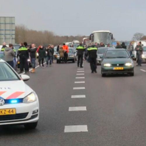 Afbeelding van Snelwegblokkeerders Sinterklaasintocht moeten zich melden bij de politie